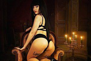 """Erotične zgodbe   Eva piše """"Seks v hiši duhov"""""""